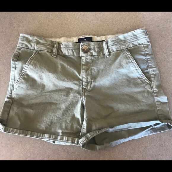 American Eagle Outfitters Pants - *3/$21 American Eagle Stretch Midi Shorts